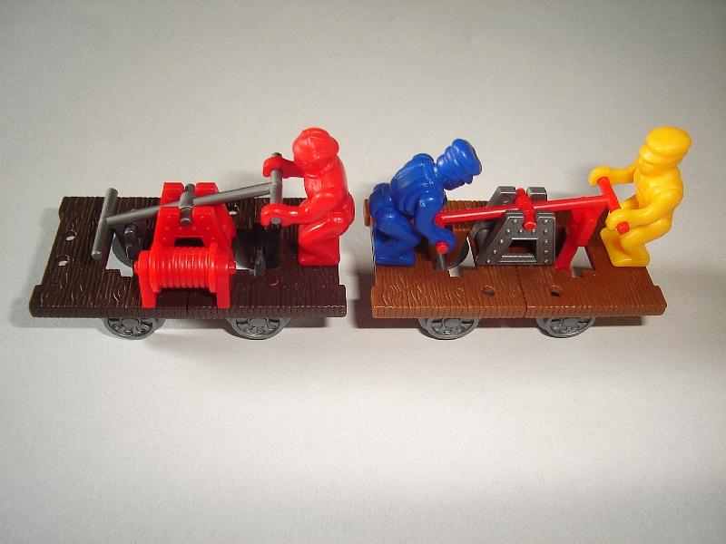 HANDCARS MODEL TRAINS SET 1998 1:87 H0 KINDER SURPRISE PLASTIC MINIATURES