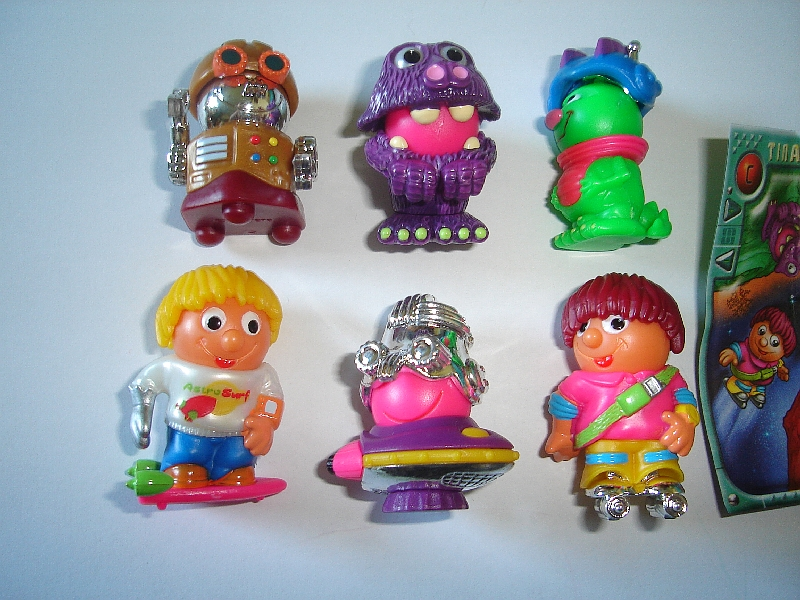 FIGURES TOYS COLLECTIBLES KINDER SURPRISE SET SQUEAKY HEADS ANIMALS /& ROBOTS