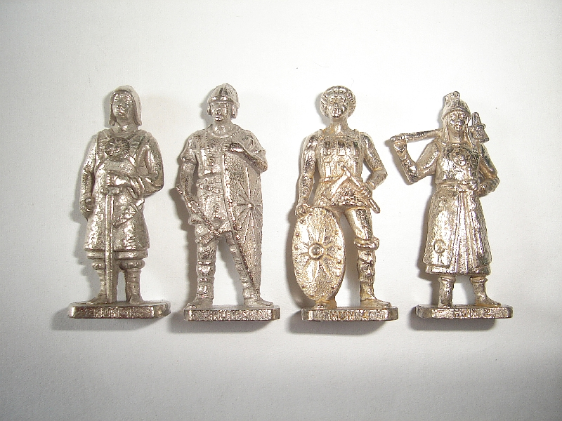 KINDER SURPRISE MINIATURES METAL FIGURINES SET SWISS GUARD SOLDIERS CHROME