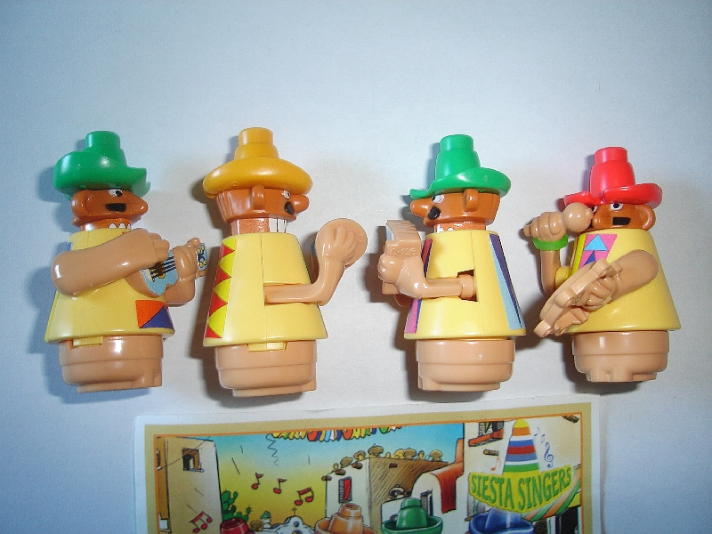 KINDER SURPRISE SET FIGURES TOYS COLLECTIBLES COSTUMES PEOPLE 1992